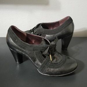 Indigo by Clark's heels